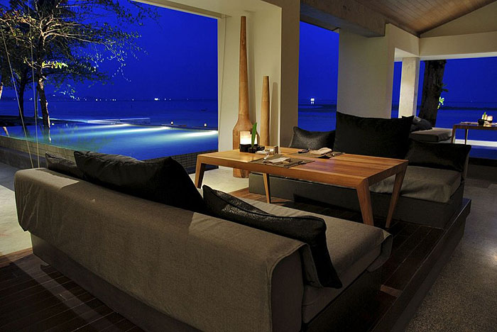 sitting-lounge-with-sea-panorama