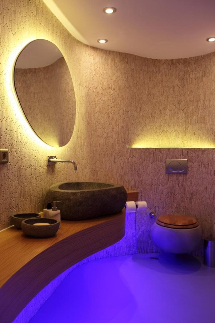 Feldobhatjuk fürdőszobánkat a megfelelően elhelyezett rejtett világításokkal